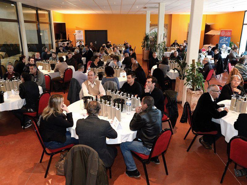 Salle de dégustation du Concours des Vins de la Coopération